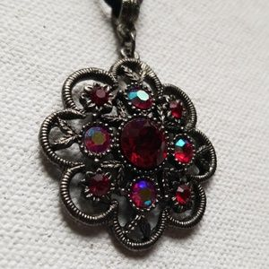 Jewelry - Suede red statement necklace